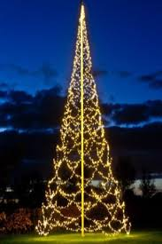 Fairybell.us - Flagpole Christmas trees