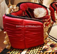 Di lusso in stile vittoriano imbottiti divano in tessuto rosso set
