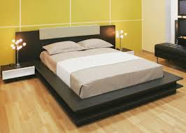 Emejing Wooden Double Bed Designs For Homes Gallery - Interior .