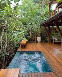 cozy modern outdoor bathtub design ideas 5
