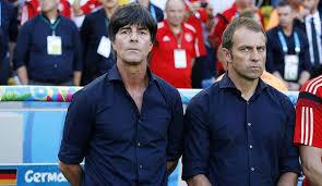 De 2014 à 2017, il travaille au sein de la fédération allemande de football 3. Fc Bayern Bundestrainer Amt Hansi Flick Verweist Auf Vertrag In Munchen