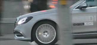 The revolutionary headlamp technology shines. Video Mercedes S Class With Digital Light Headlights Caught Testing In The Wild Top Speed