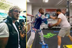 Floyd Mayweather effortlessly shows he's still the master on the pads at  the age of 44 as he finishes up training for Logan Paul fight