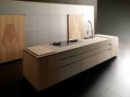 Küche aus Buche mit Kücheninsel ESSENCE By TONCELLI CUCINE