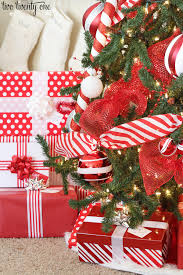 How To Decorate A Candy Cane Christmas Tree 60 Red White Christmas Tree 25