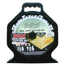 Freud box outdoor hand job