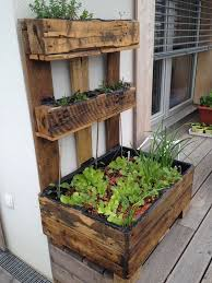 useful and easy diy ideas to repurpose old pallets wood wood pallet reuse project ideas