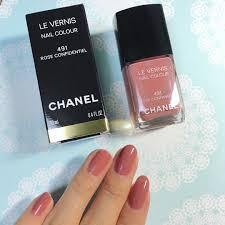 塗るだけで気分が上がるシャネルヴェルニ買うならこの色