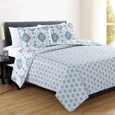 Buy Aqua Queen Quilt from Bed Bath & Beyond & Great Bay Home Sasha Reversible Full/Queen Quilt Set in Aqua Adamdwight.com