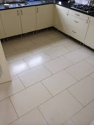 kitchen floor tile with gray grout morespoons ca10b5a18d65