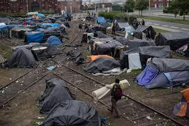 """Résultat de recherche d'images pour """"campements migrants morts en Méditerranée  images"""""""
