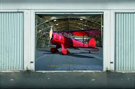 garage door artThe garage door art of Thomas Sassenbach
