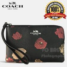 COACH F86926 Corner Zip Wristlet in Field Flora Print Coated Canvas  Gun  Metal Black