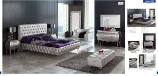 Modern Mirrors For Bedroom Lorena Bedroom Set Silver Bed Mirror And 2 Nightstands