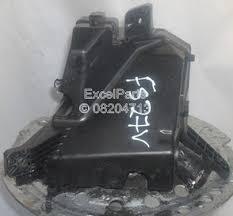 excel parts toyota yaris d4d automotive fuse box 7178r0a2 front toyota yaris d4d automotive fuse box 7178r0a2 front 5 speed manual 1 4 1400 cc