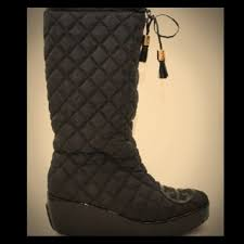 85% off Tory Burch Boots - Tory Burch Gigi 2 Quilted Boots from ... & Tory Burch Gigi 2 Quilted Boots Adamdwight.com