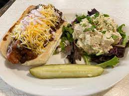 Have your breakfast or lunch outside in the garden of eatin' and feel the breeze from lake michigan among our fresh flowers, veggies, and palm trees. The Coffee Pot Home Kenosha Menu Prices Restaurant Reviews Facebook