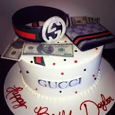13 Gucci Cakes For Men James Photo Gucci Birthday Cake Gucci Belt