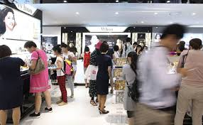 china deepens its love for korean cosmetics korea net the a duty free in seoul is