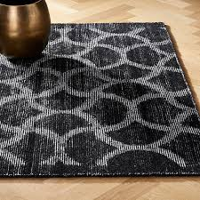 dimera hand loomed black pattern rug
