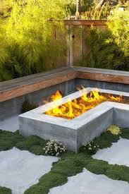 l shaped sitting area with a neat fire pit