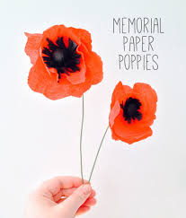 Make A Paper Poppy Flower Memorial Paper Poppies The Makers Society