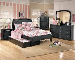 Bedroom : Beautiful Grey Floor Attractive Design Of Dark Brown ...