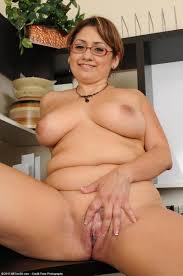 latina mature big boobs