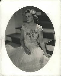 1940 Press Photo Priscilla Armstrong Mrs Stewart Peck wears White Gown |  Historic Images