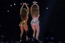 Latest jennifer lopez news on boyfriend alex rodriguez, ex drake plus more on jlo's kids, instagram, films like second act and songs such as amor amor jennifer lopez heads to a rehearsal for nye performance. 10 Super Bowl Memes And Reactions To Shakira And Jlo S Half Time Show Performance London Evening Standard Evening Standard