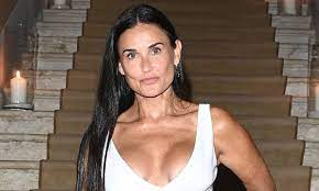 Demi Moore sets pulses racing with ...