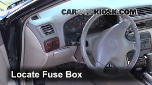 interior fuse box location 1997 1999 acura cl 1999 acura cl locate interior fuse box and remove cover