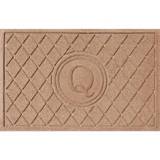 Bungalow Flooring Argyle Medium Brown 24 in. x 36 in. Monogram Q Door Mat