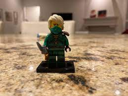 Custom Lloyd mini-figure based on the season 14 Lloyd leak. : Ninjago