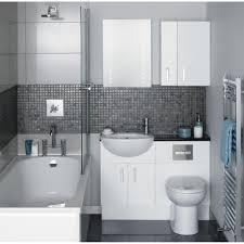 Small Bathroom With Bathtub Design • Bath Tub