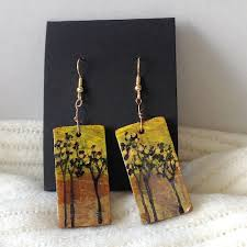 hand painted polymer clay jewelry by deepa mittimani featured on jewelry making journal