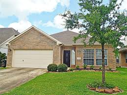 lakefront homes in conroe tx