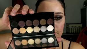 sleek makeup make up i divine 12 colour eyeshadow au naturel review paleta sleek idivine au naturel