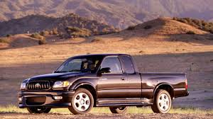 Toyota Tacoma S Runner V6 '2001–04 - YouTube