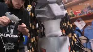 i was just browsing you when i saw this sweet vid from costume squad they made a kick ss predator costume out of household supplies check this out