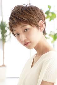 Tweet 女性に人気ウルフカットの髪型ヘアスタイル2018年 Naver