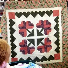 Attic Window Quilt Shop: NEW CLUBS, CLASSES, BOM AT ATTIC WINDOW ... & This is the first project that members of the Thimbleberries Club will be  working on at the Attic Window Quilt Shop. The Club begins in February and  ... Adamdwight.com