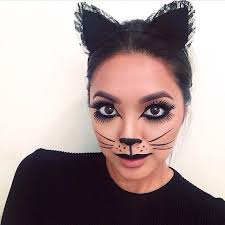 celebrity makeup artist jademunster created this purrrfectly chic cat inspired makeup look featuring frightnightglam dark maiden lash