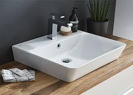 Die schubladen mancher modelle sind sogar mit cleveren, versetzbaren trennstäben ausgestattet. Waschbecken Mit Unterschrank Badshop De