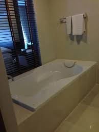 amanta hotel and residence ratchada huge bathtub