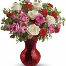 teleflora s splendid in red bouquet with roses
