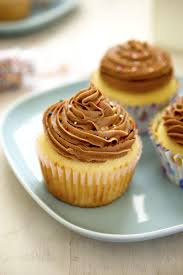 Quick Nutella Icing Recipe Yellow Cupcakes With Nutella Buttercream