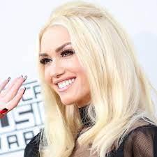 Gwen Stefani's No-Makeup Selfie Is Here ...