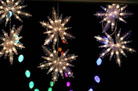 Fixing Burnt Out Christmas Tree Lights How To Fix Broken Christmas Lights Cnet
