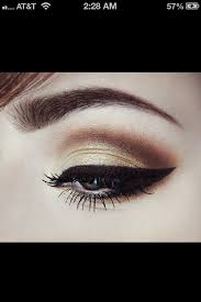 use mary kay mineral eye shadows gold coast on lid truffle in crease